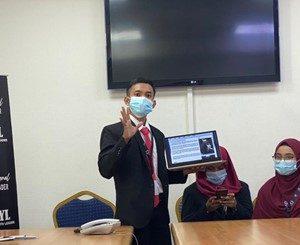 Mahasiswa Sastra Arab UM Meraih Best Presentation International Youth Leader di Cairo Mesir